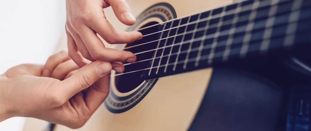 The Advantages of Learning To Play Guitar